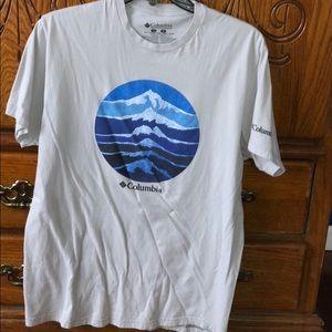 Men's Columbia Graphic T-Shirt!